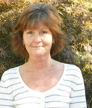 Verda Davis, Assistant Office Manager